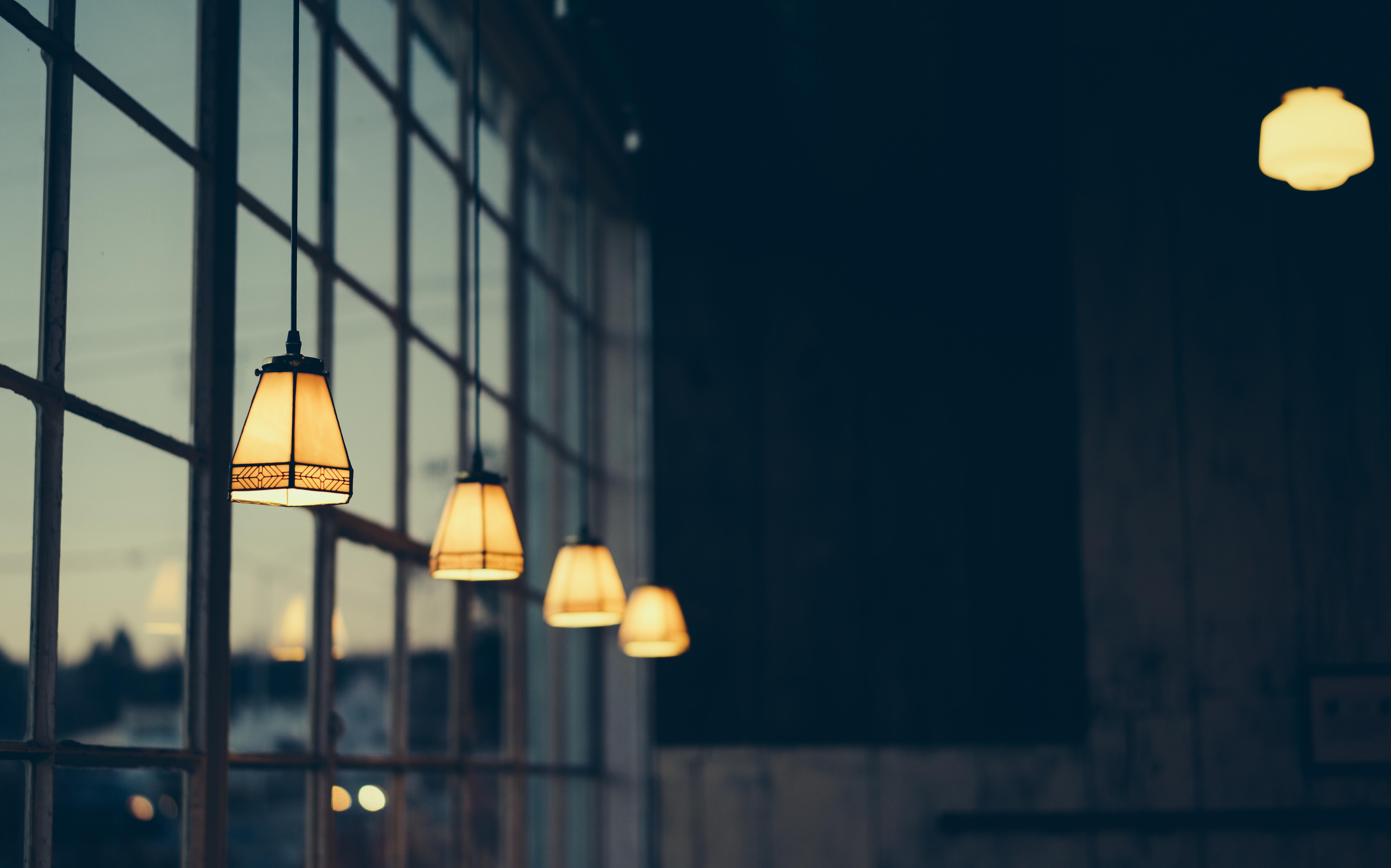 Lampen Zijn Onmisbaar In Elk Huishouden. Je Hebt Bij Elke Lampenaanbieder  De Keuze Uit Een Ruim Assortiment. Lampen Zijn Er Namelijk In Alle Soorten  En ...